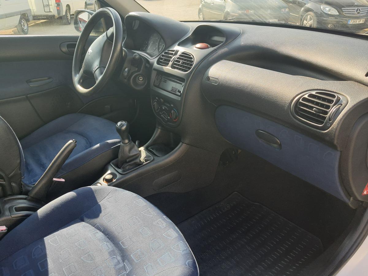 Peugeot 206 1.9D 70CH 2PLACES Société